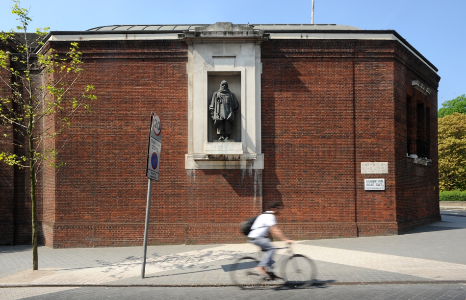 Exhibition Road: Shackleton outside the Royal Geographical Society, by Charles Sargeant Jagger